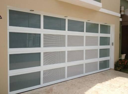 Puertas de garajes for California closets puerto rico